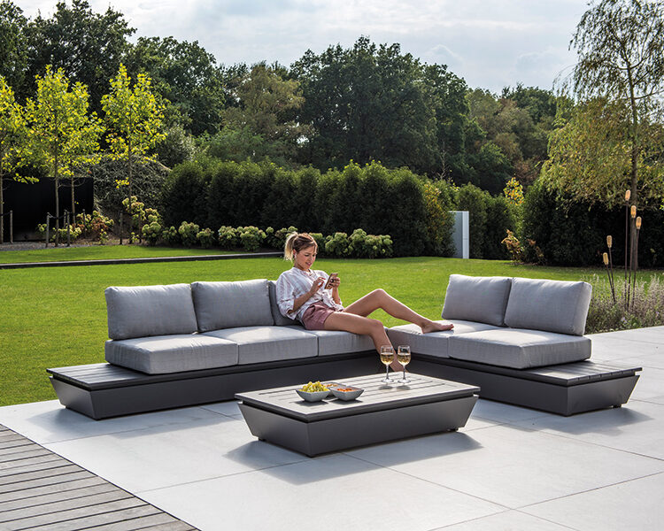 Britz lounge alu charcoal mat met kussen olefin light grey